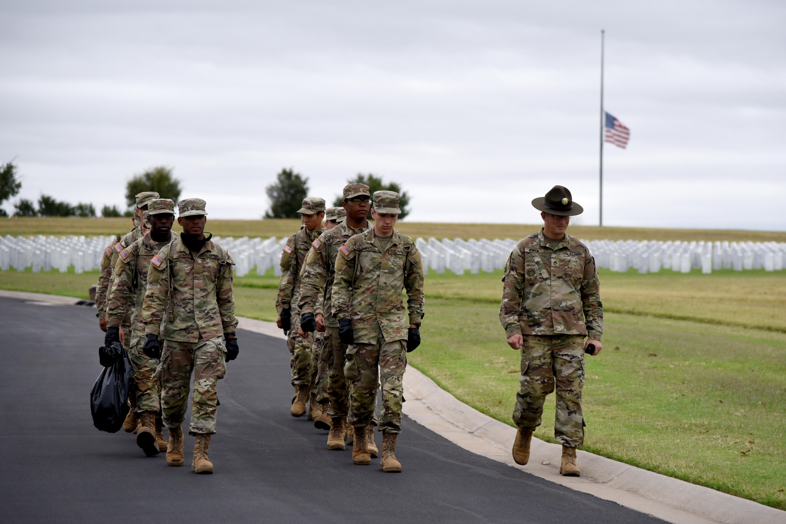 Army trainees honor the fallen at Fort Sill National Cemetery